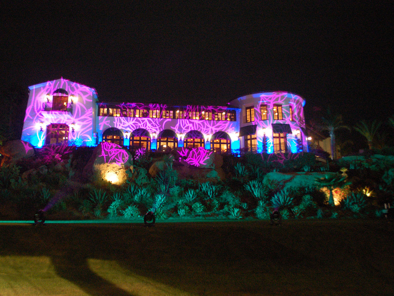 Humingbird-Ranch-Building-Projection-1