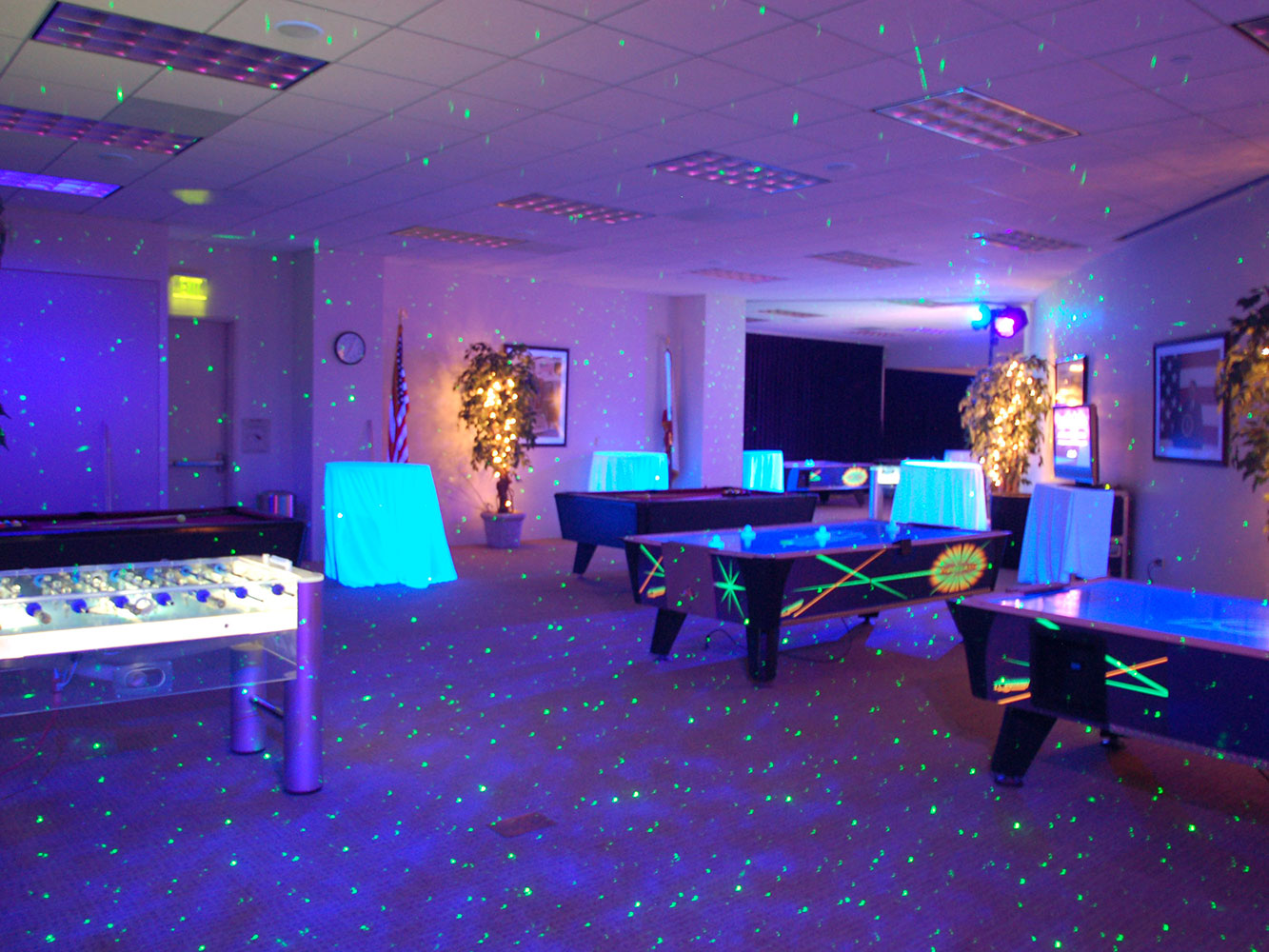 Intuit-Event-Indoor-Projection-Lighting