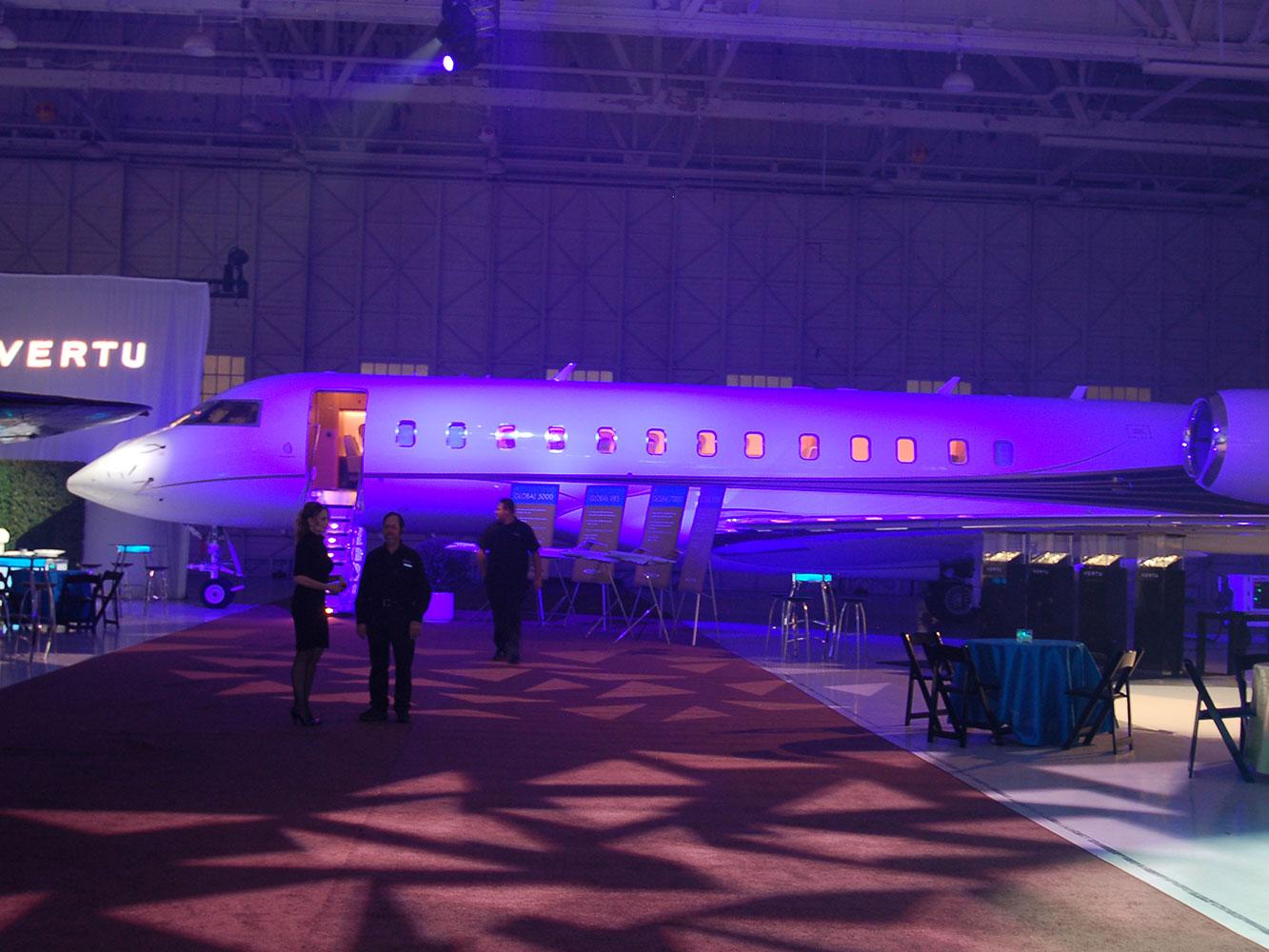 Lear-Jet-Industrial-Decor---Lighting