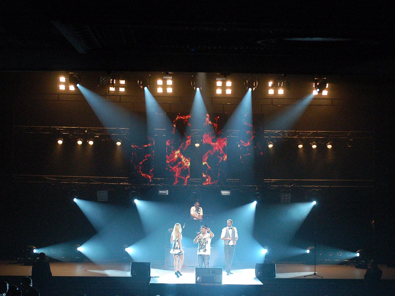 Super-Sako---Concert-Stage-Lighting
